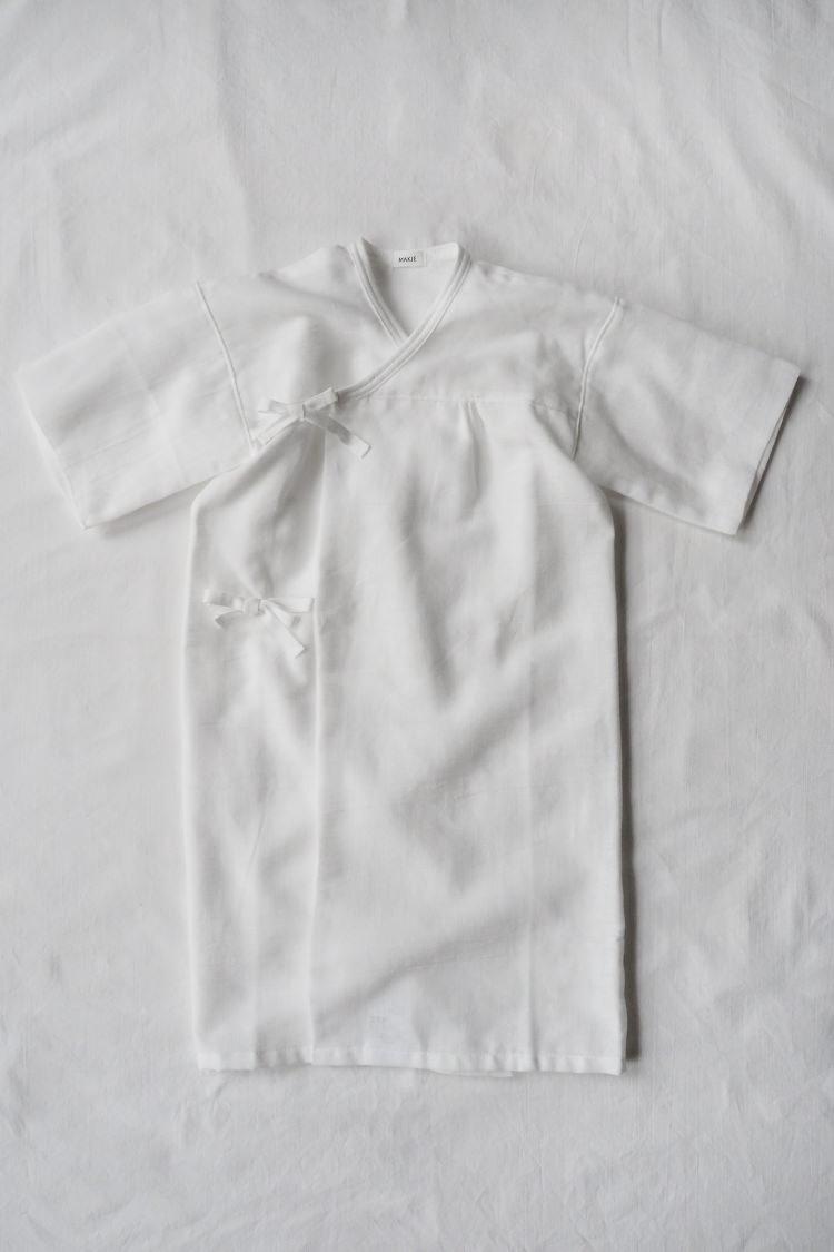 "Baby kimono robe for newborn to 6 month old by Makie ""Gauze Yukata"" in white"