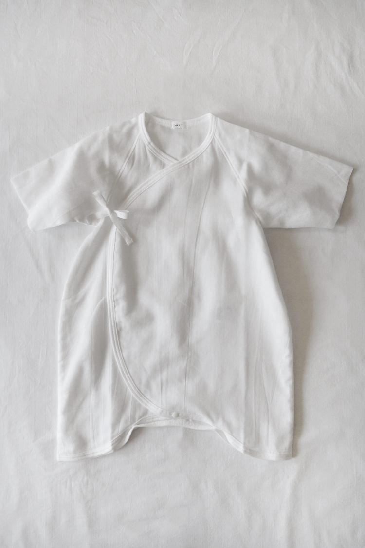 "Baby kimono onesie for newborn by Makie ""Gauze Hadagi"" in white"