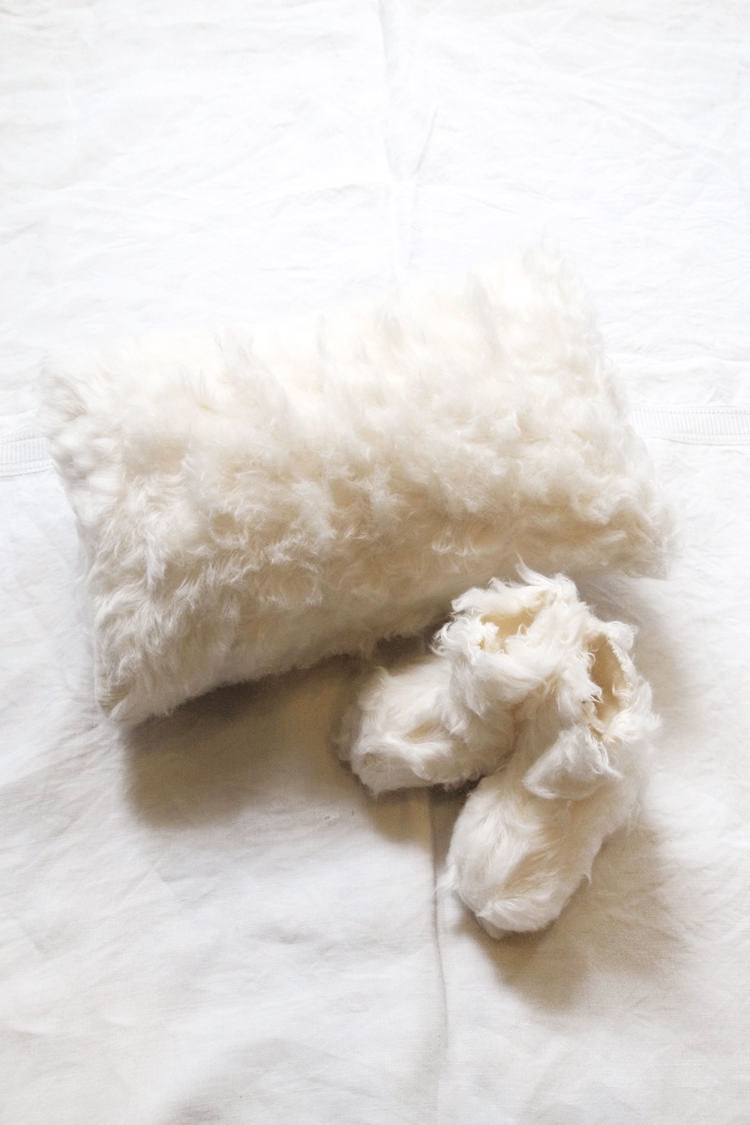 Makie: Dream Pillow & Booties, made of GOTS certified organic cotton. Top.