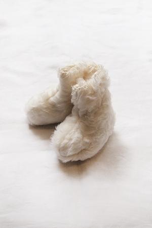 Makie: Dream Booties, GOTS certified organic cotton baby booties - cream. Top