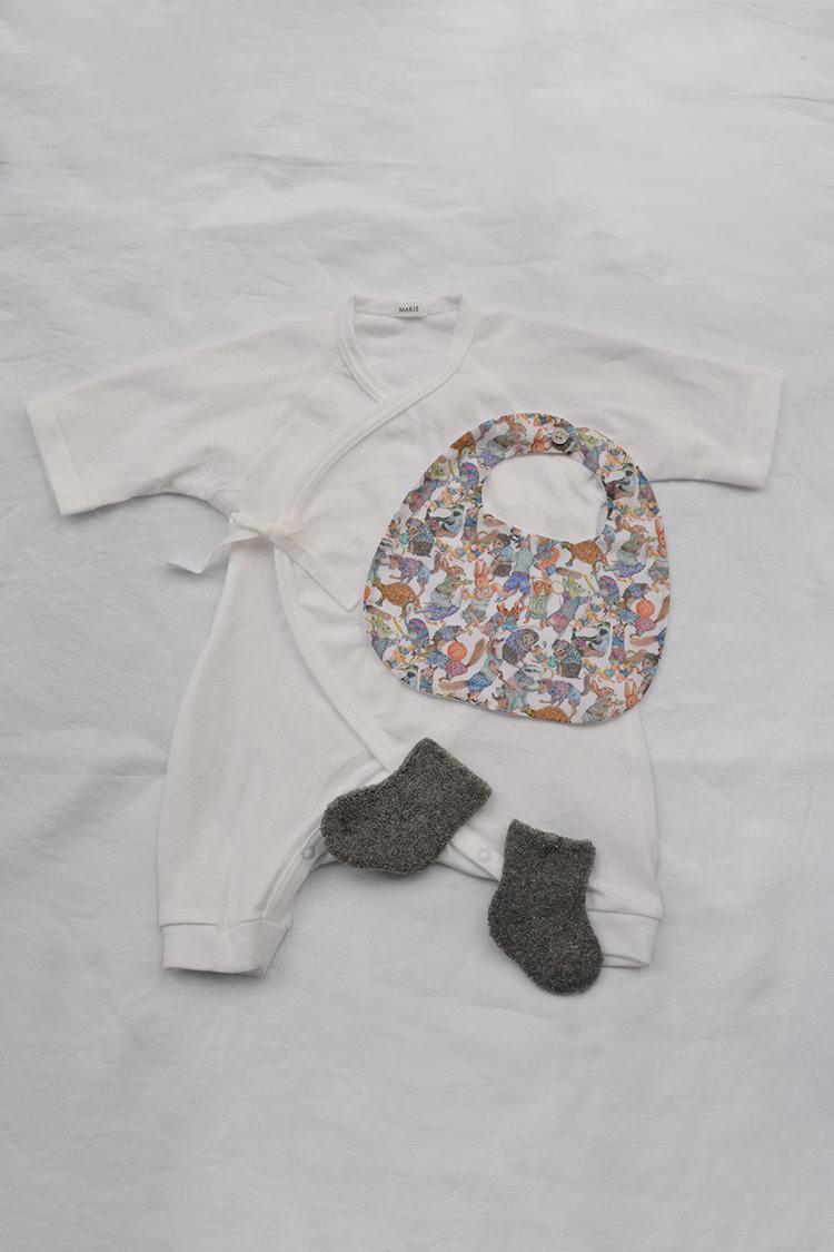 Makie, gender neutral baby gift box set #1 White