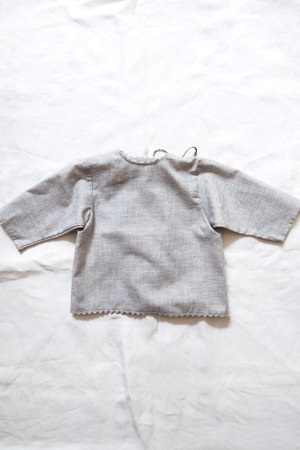 Makie: Luxurious Cotton Wrap Blouse - Gray. Top.