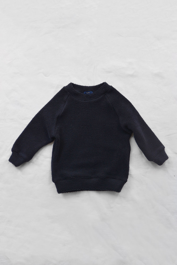 Makie: Pullover Jude - Navy. Fluffy and smooth cotton kids sweatshirt. Top.