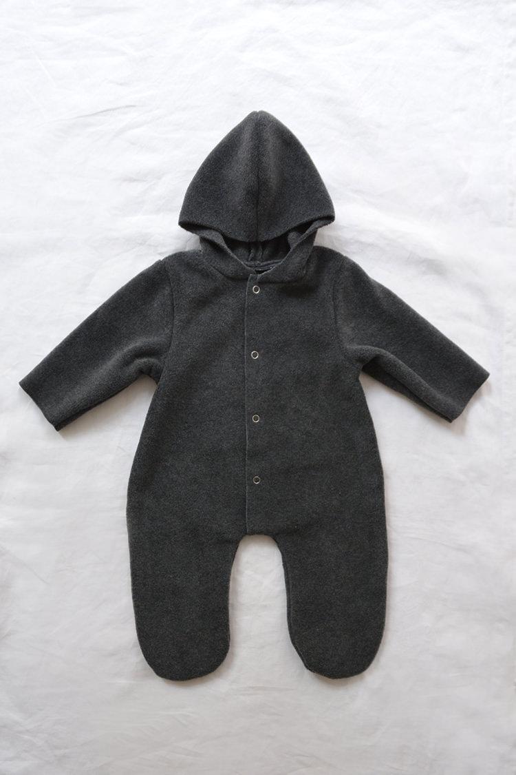 Makie: Fleece Jumpsuit Noel – Charcoal. one piece hooded baby jumpsuit. Top