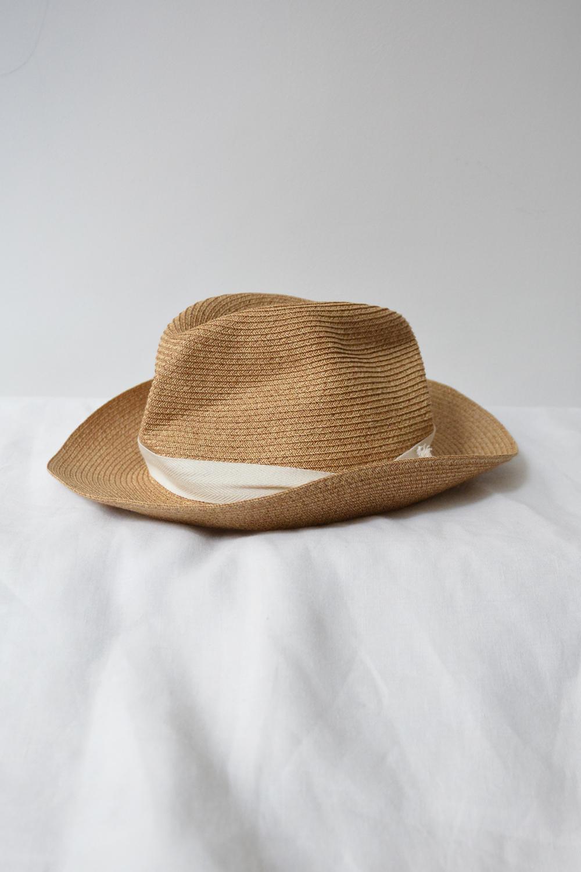 Mature Ha. Boxed Hat
